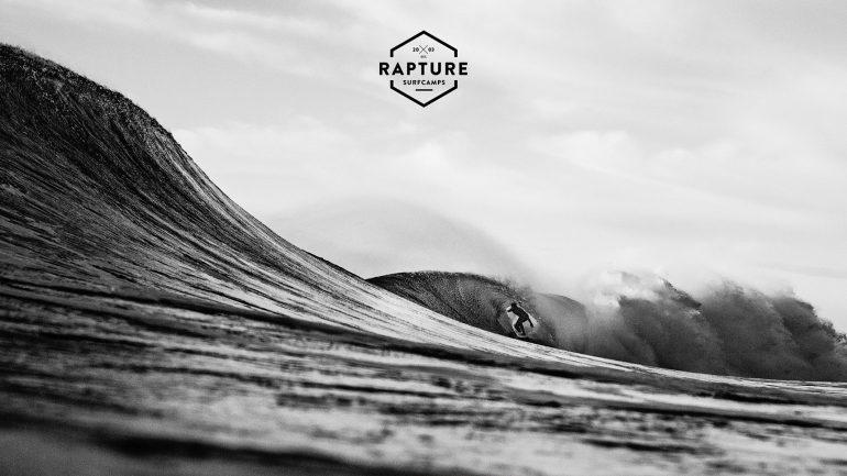 surffoto in ericeira von rapture surfcamp
