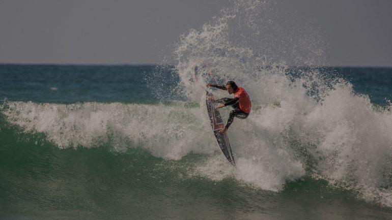 WSL Surfer mit coolem Air-Move Sprung
